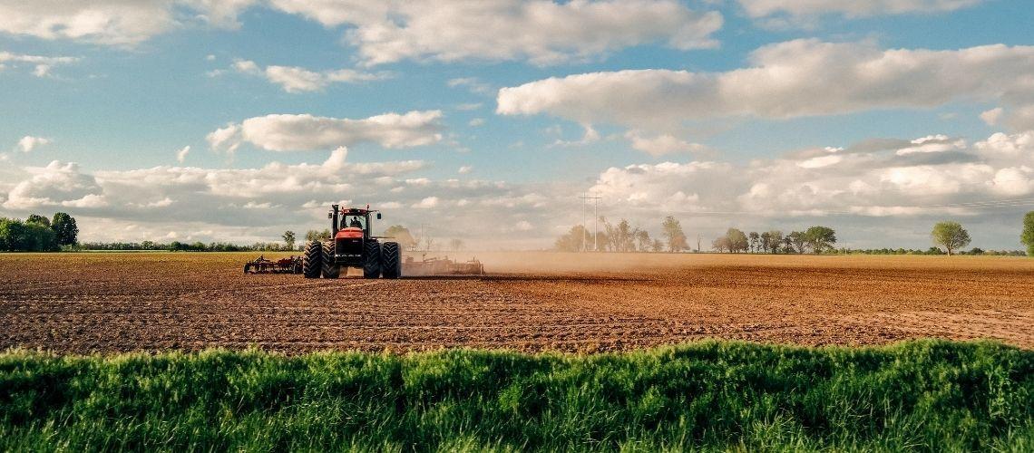 Notaio informa: agevolazioni per trasferimento di fondi agricoli